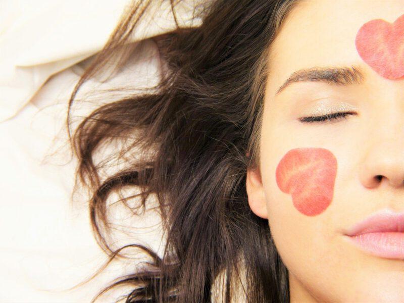 Dbanie o skórę – pielęgnacja skóry twarzy