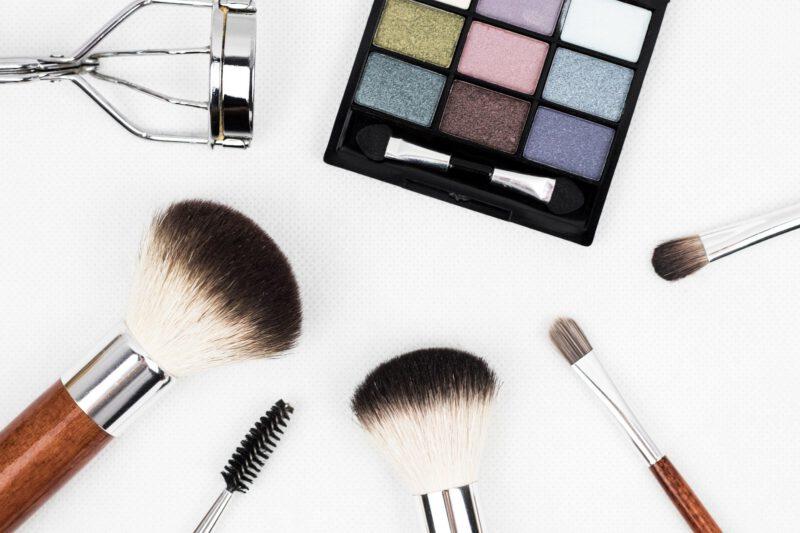 Kosmetyki kolorowe – nowości kosmetyczne